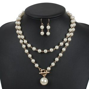 Double pearl necklace set